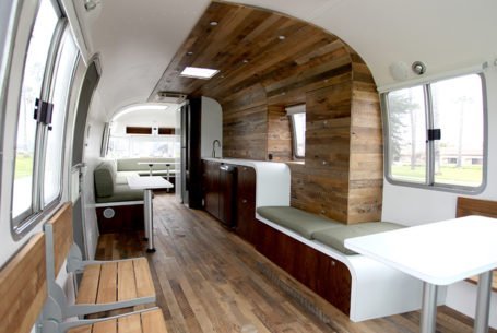 Las Vegas, Delivering Hapiness Airstream Office